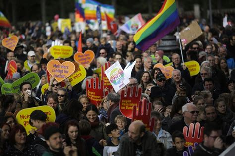 Thousands in Berlin protest 'hate and racism' in
