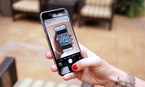 How to Scan QR Codes Using the Camera App in iOS 11