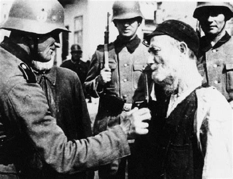 PIctures of the Holocaust