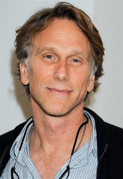 Keck's Exclusives: CSI: NY Casts a thirtysomething Vet
